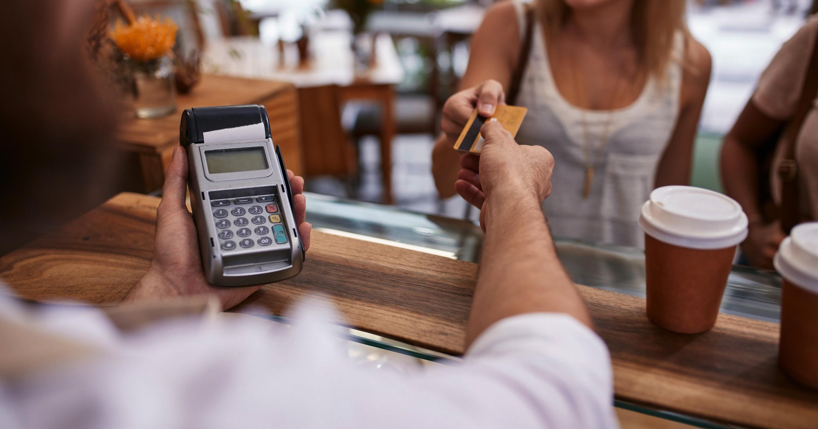 retailstekker voor ICT netwerkbeheer en implementatie retailers en winkeliers